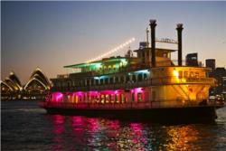 SYDNEY HARBOUR CABARET DINNER CRUISE
